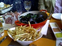 Mussels_and_frites_2