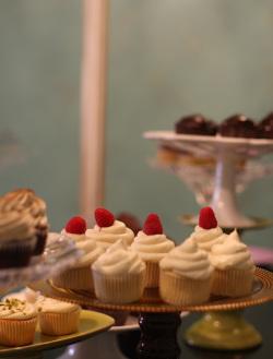 Lavender_moon_cupcakery